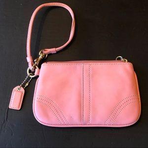 ❤️💝Coach wristlet purse pocketbook GUC ❤️ ON SALE